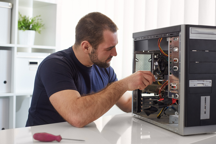 Why Should You Choose a Local Computer Service?
